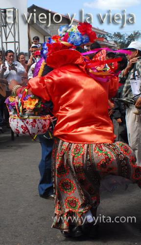 bailes nicaraguenses San Sebastian el viejo y la vieja
