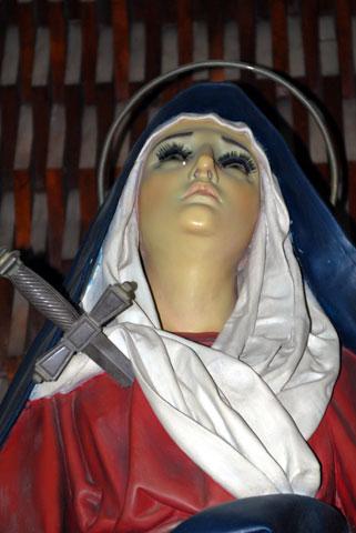 Virgen Dolorosa acercameiento