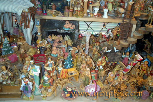 Nativity lower level Fontanini Yoyita