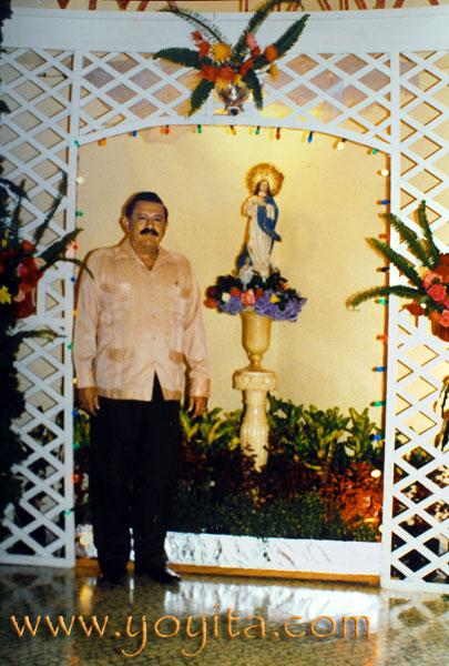 Purisima de la familia Sanchez Zeledon altar Purisima La Griteria 7 de Diciembre
