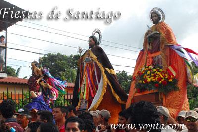 Santos recorriendo la ciudad