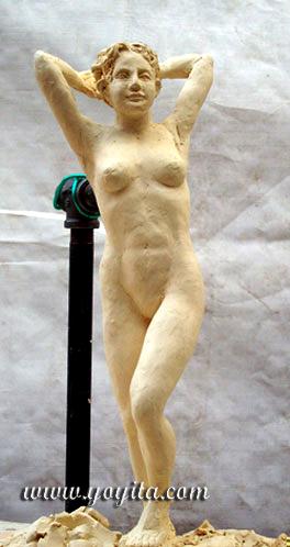 contraposto figurative sculpture © Yoyita